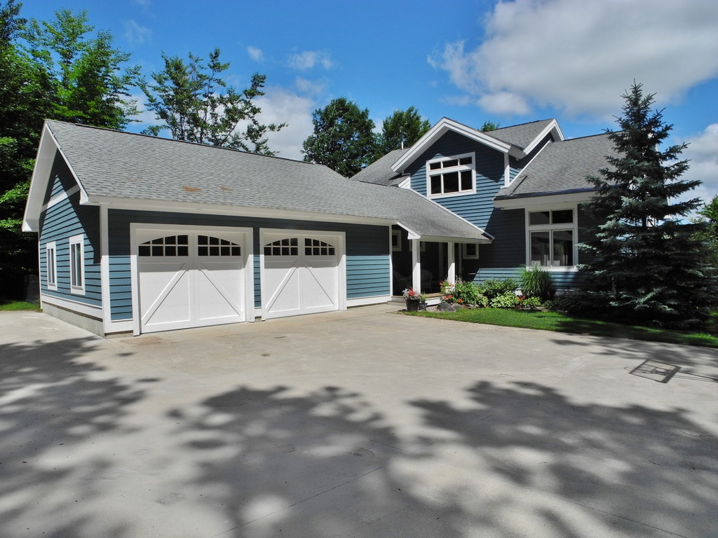 5500 E Hidden Beech, Cedar, MI - For sale by Oltersdorf Realty LLC (2).JPG