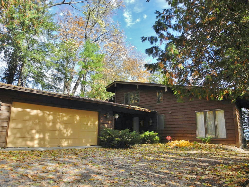1355 S Nanagosa Trail Suttons Bay – FOR SALE by Oltersdorf Realty LLC (15).JPG