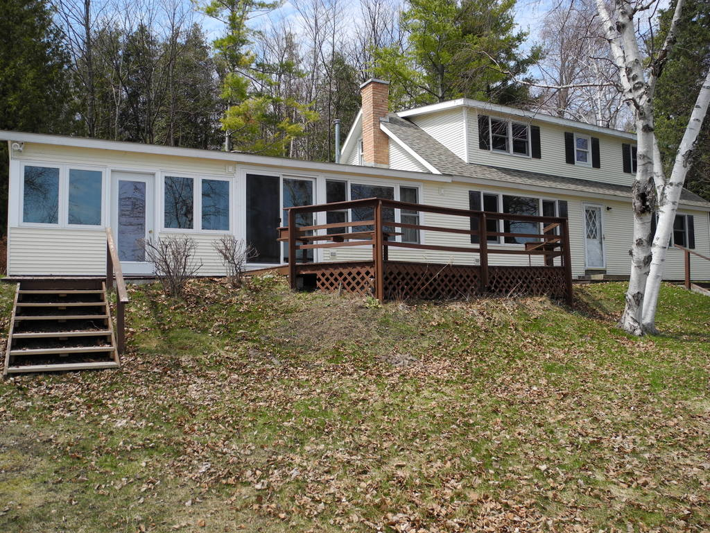 4388 N Manitou Trail, Leland, MI – Cottage & 200' on North Lake Leelanau sold by Oltersdorf Realty LLC (2).JPG