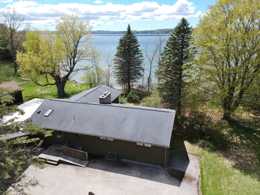 8164 S Lakeview Road, Traverse City, MI – Ranch Home & 100' on Lake Leelanau - For Sale by Oltersdorf Realty LLC (1).JPG