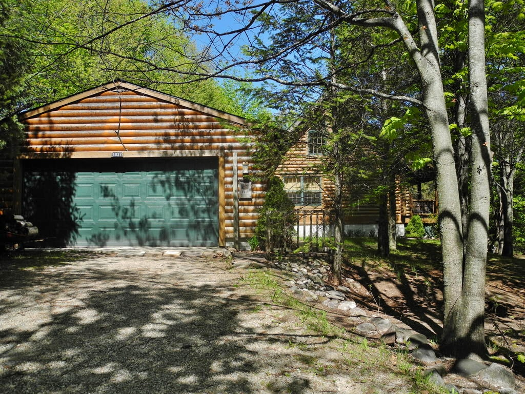 4037 E Yule Tree Lane, Lake Leelanau – FOR SALE by Oltersdorf Realty LLC (7).JPG