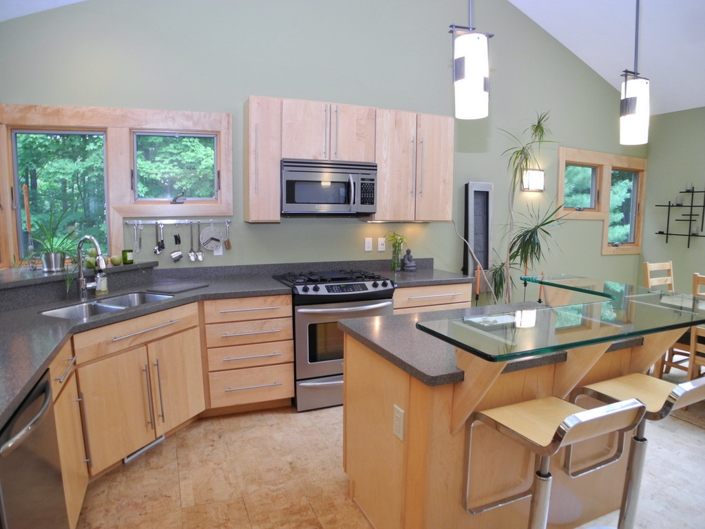 344 W Jefferson Ave, Suttons Bay, MI – Newer Village of SB Walkout Ranch Home for sale by Oltersdorf Realty LLC (16).JPG