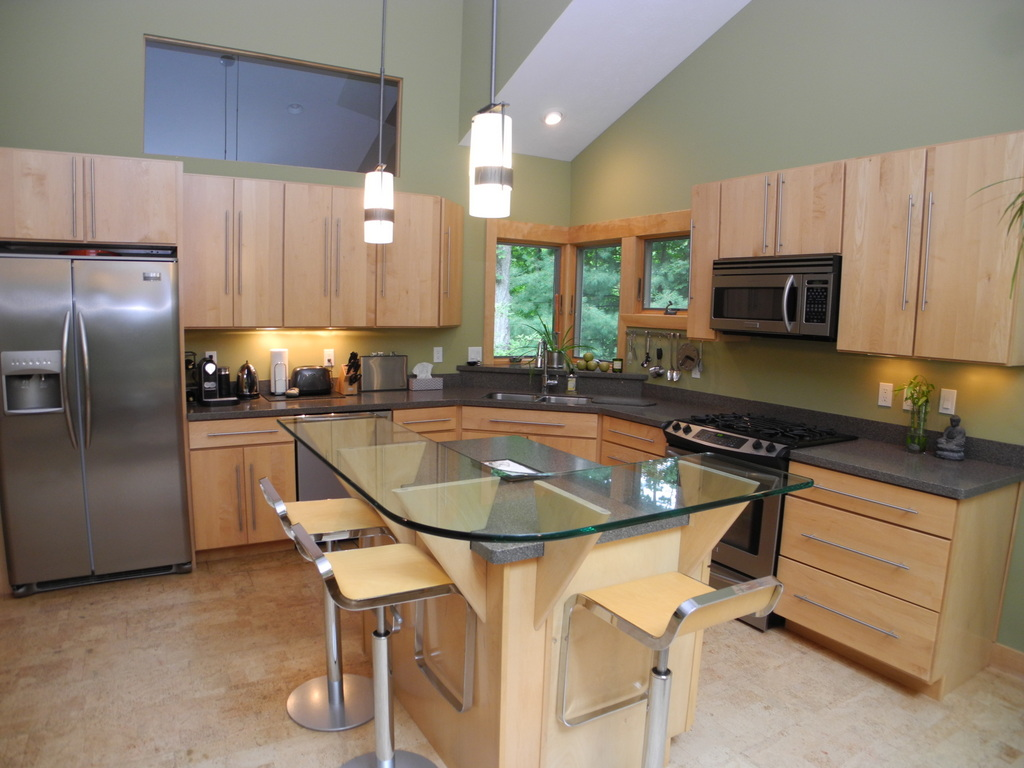 344 W Jefferson Ave, Suttons Bay, MI – Newer Village of SB Walkout Ranch Home for sale by Oltersdorf Realty LLC (18).JPG