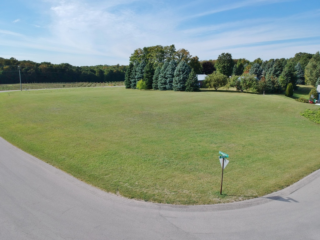 Lot 21 – S Walden Court, Suttons Bay, MI – Water View Vacant Lot for sale by Oltersdorf Realty LLC (12).JPG