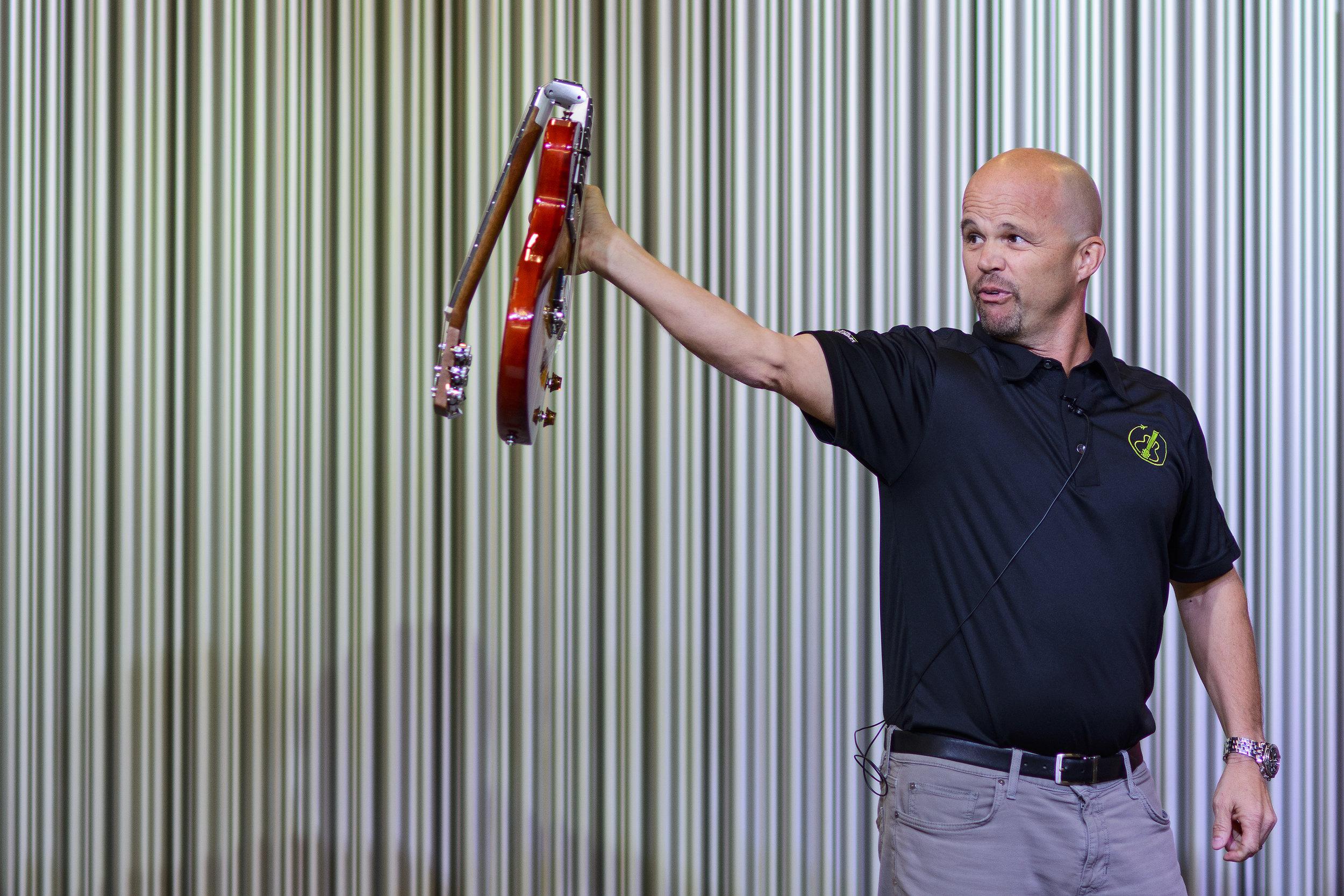 Presenting Ciari Travel Guitars at Project Music Showcase