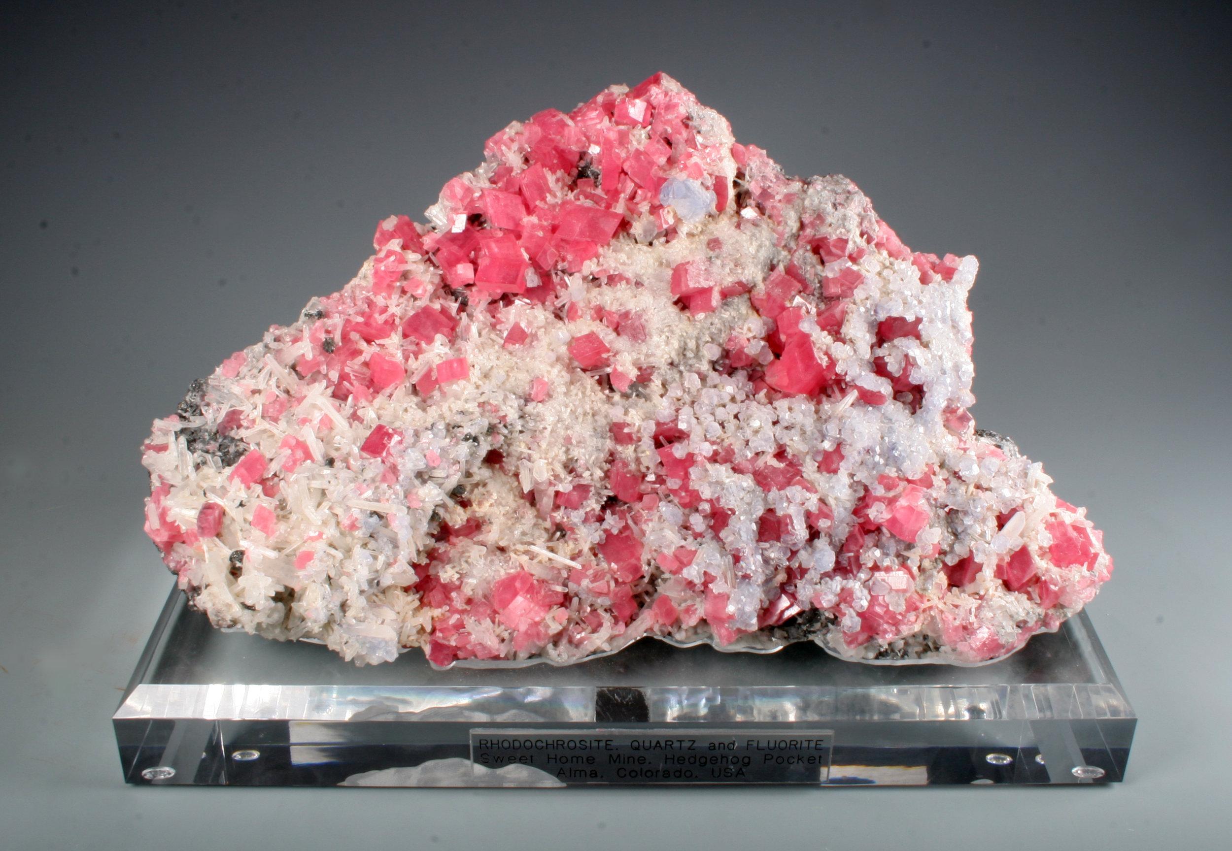 Rhodochrosite/Quartz/Fluorite
