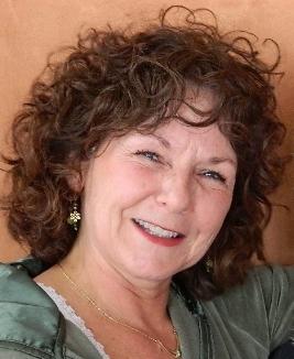 Cathy Folansbee.jpg