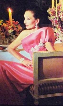 Asymmetric one-armhole/one shoulder gown