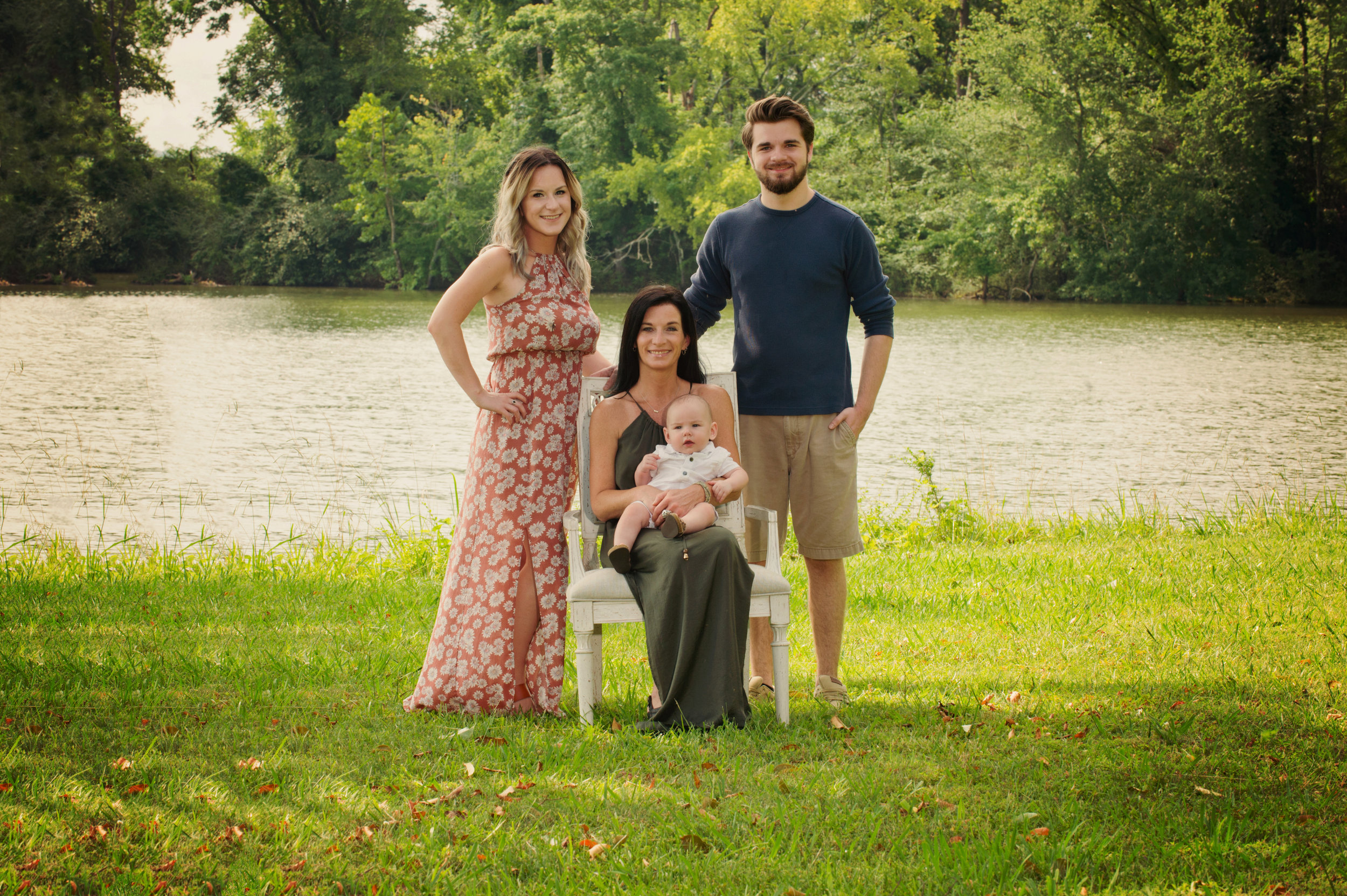 Thompson Outdoor Family-3.jpg