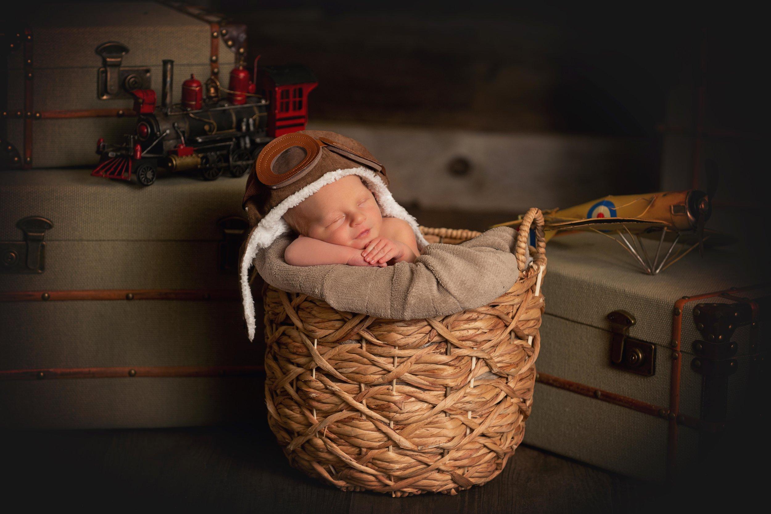 Kirk Newborn-31.jpg