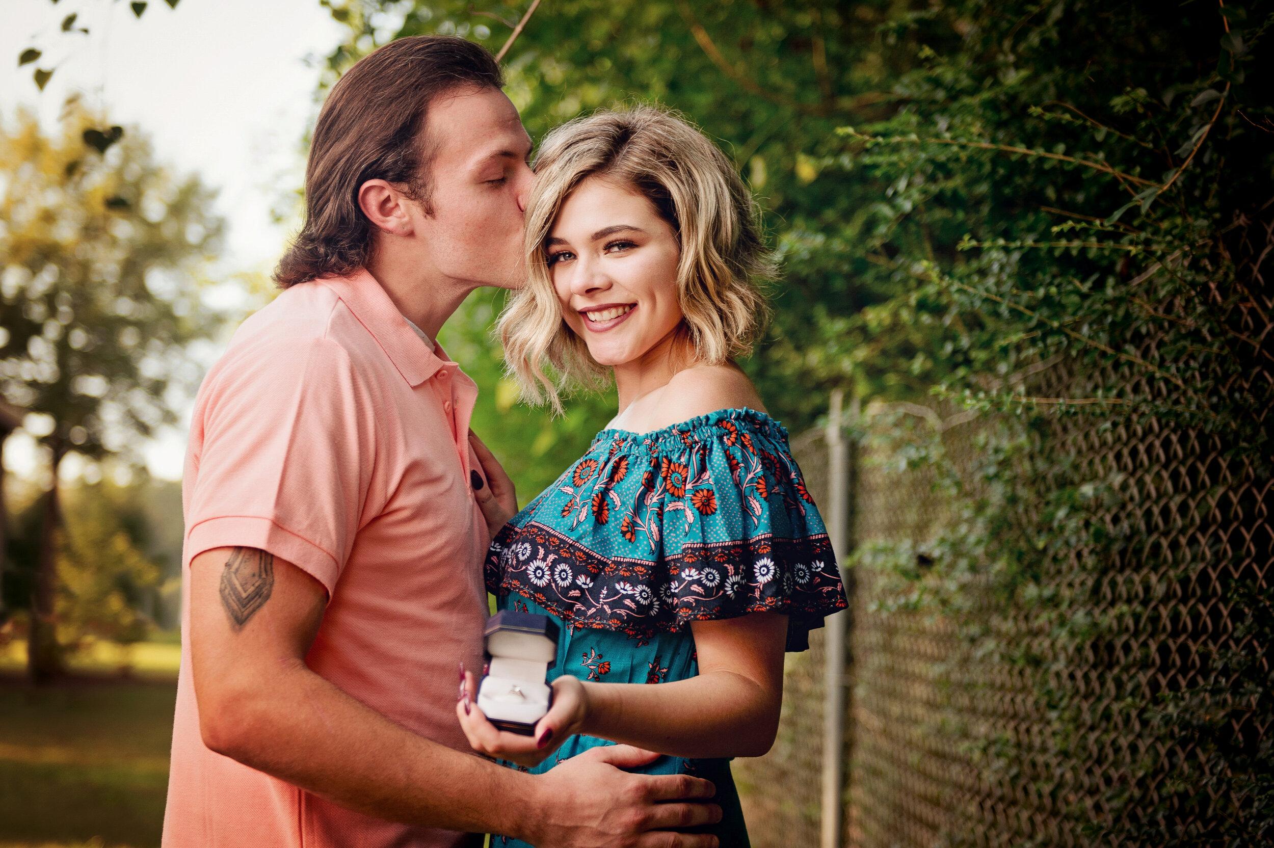 Taylor Engagement-77.jpg
