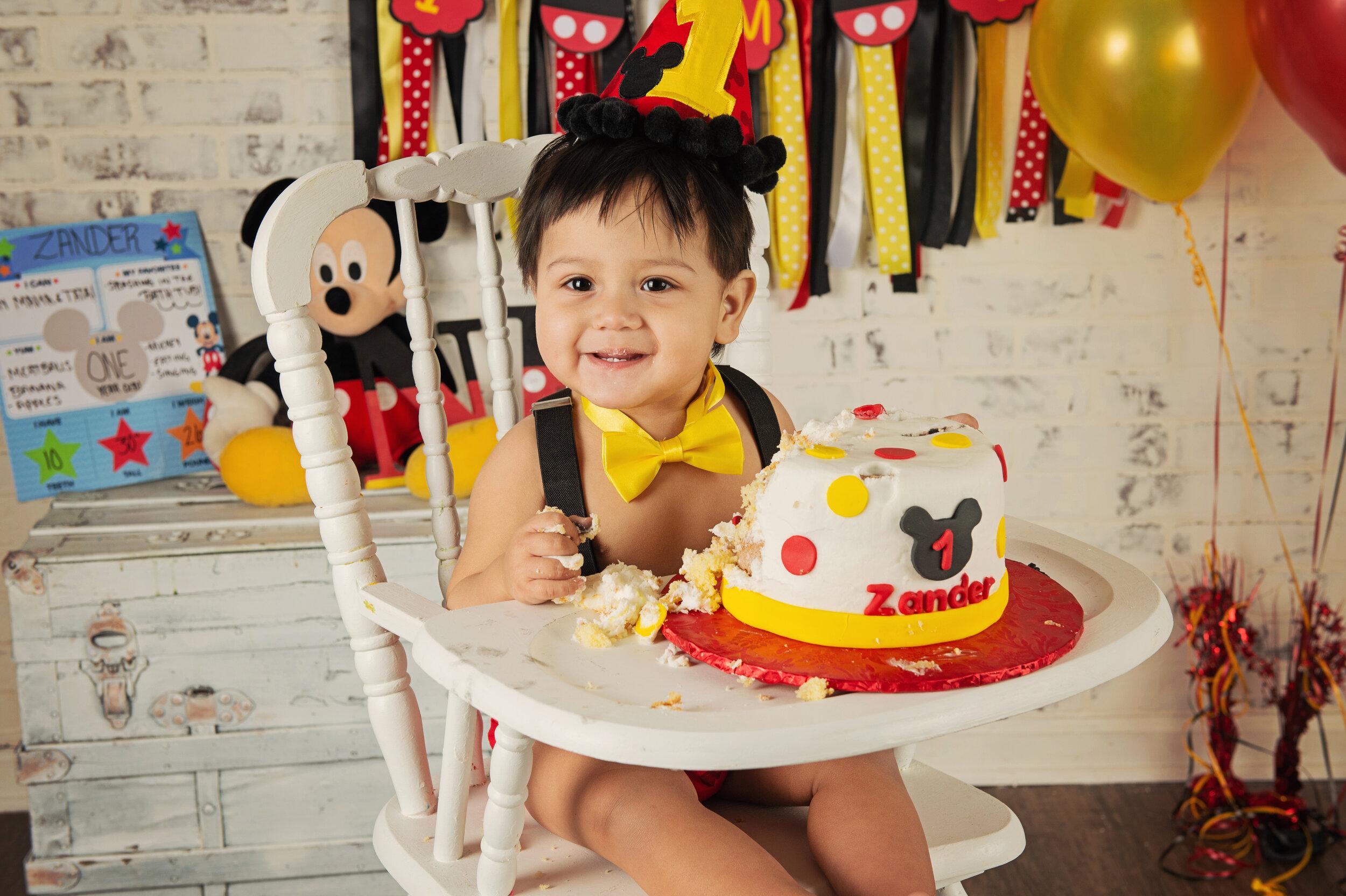 Garcia Smash Cake-36.jpg