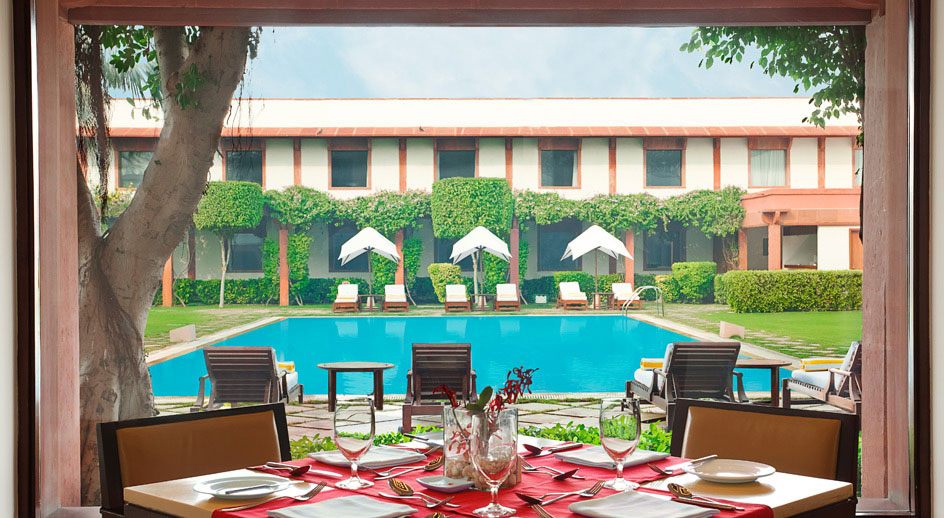 Agra Accommodation Star gazing in India tOUR