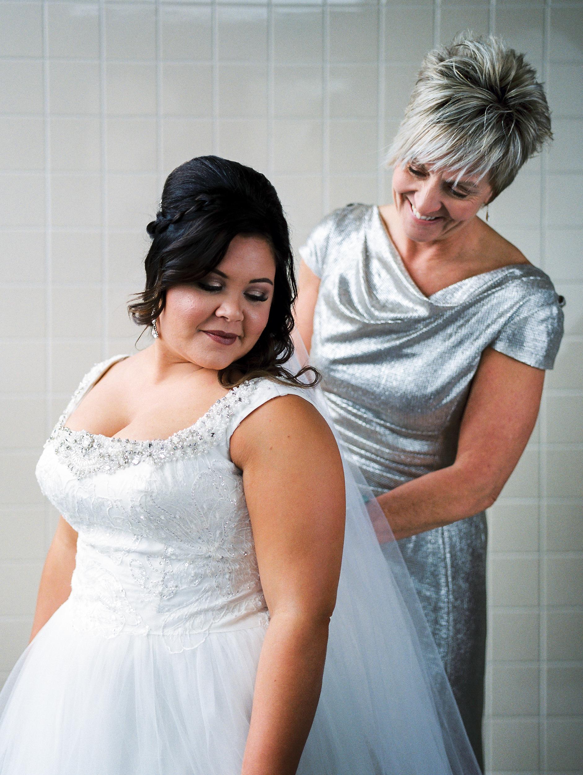 Omaha Nebraska Fine Art Film Wedding Photographer-39.jpg
