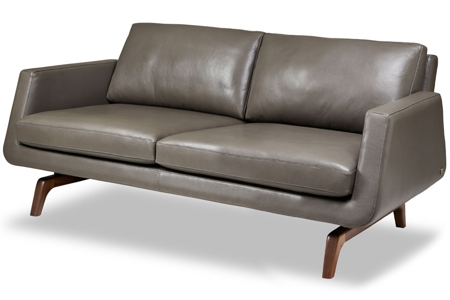 "LEATHER SOFA 2803   W84"" / D38"" / SD22"" / H31"" / SH18"""