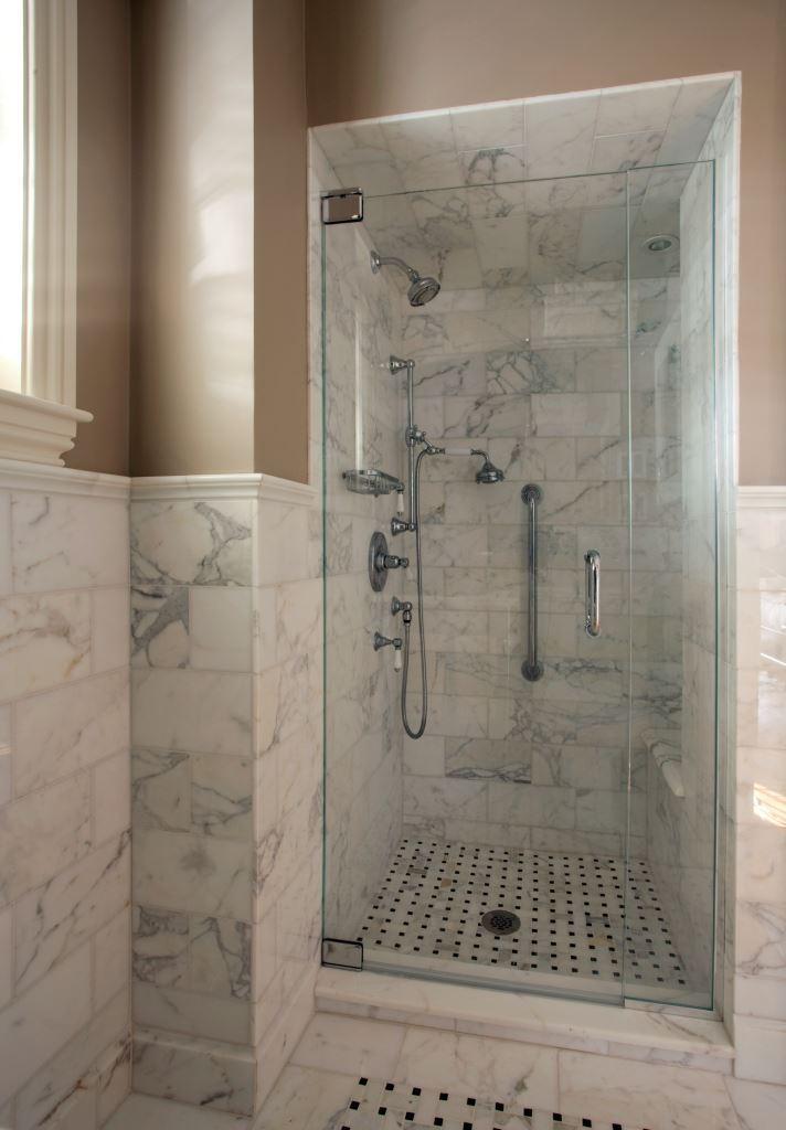 74MtVernon_AFTER.HiRes_Shower1.jpg