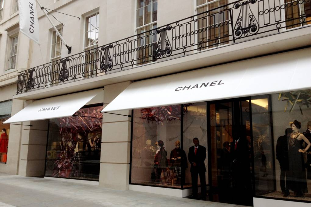 Cleaners at chanel - In 2019, Latin American cleaners at Chanel's flagship New Bond Street store (neighbouring other fashion giants) threatened to protest and strike, winning themselves the London Living Wage and the reinstatement of a colleague who played a leading role in organising the workers.