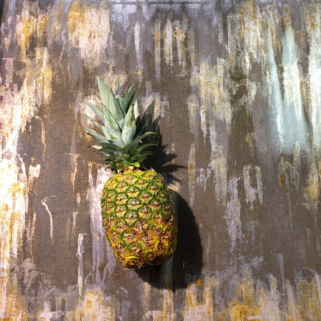 Pineapple dreams - Simplicity is the way for me #pineapple #vsco #vegan #vscocam #vitaleats #vegansofig #vitaleatsllc #veganfoodporn #art #plantbased #poweredbyplants #eatgreen #eastcoastvegans #eatwithyoureyes #spacityfarmersmarket #saratogafarmersmarket #sloweats #whatveganseat #troyfarmersmarket #donteatyourfriends #foodporn #killthemwiththeculinaryskills