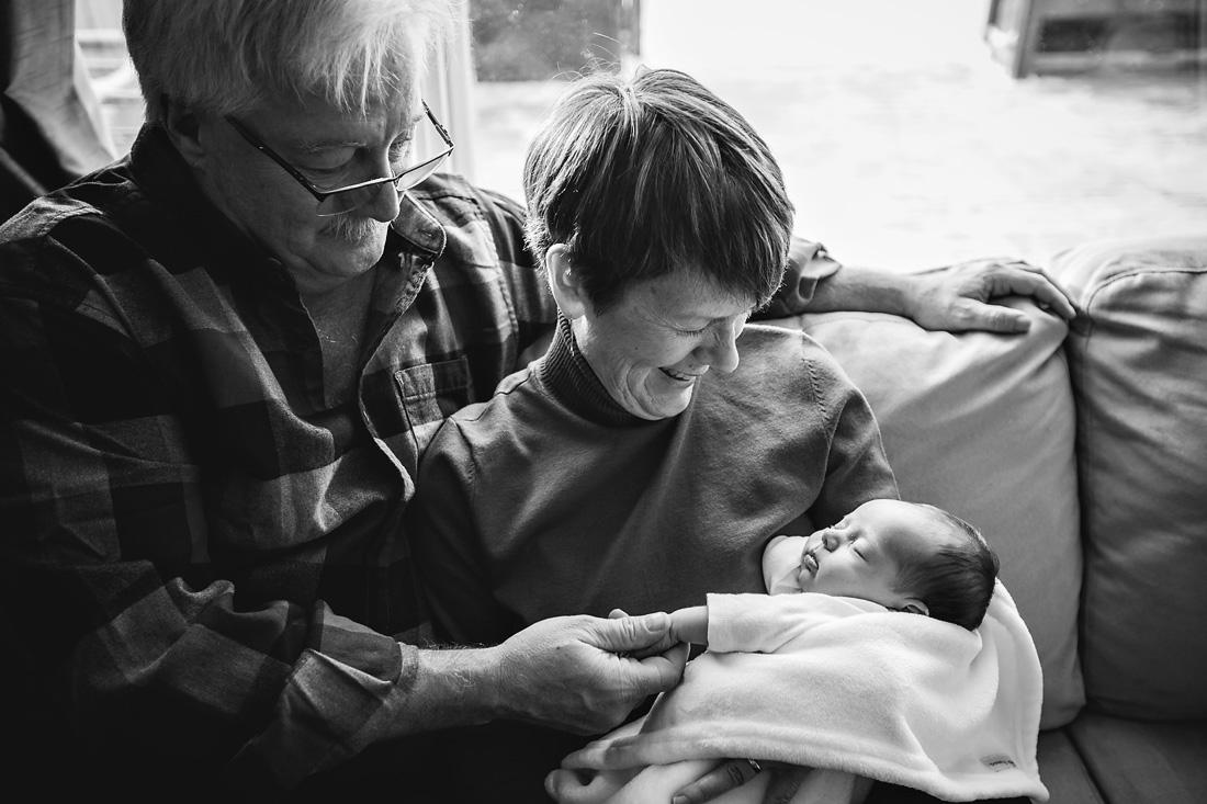 Calgary_Newborn_Photographer_031.JPG