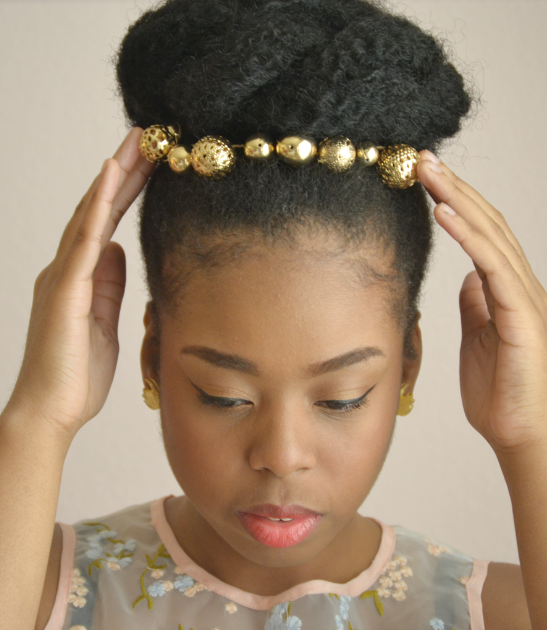 """ATTINA"" GOLD PEARL CROWN HEADPIECE WITH COMBS"