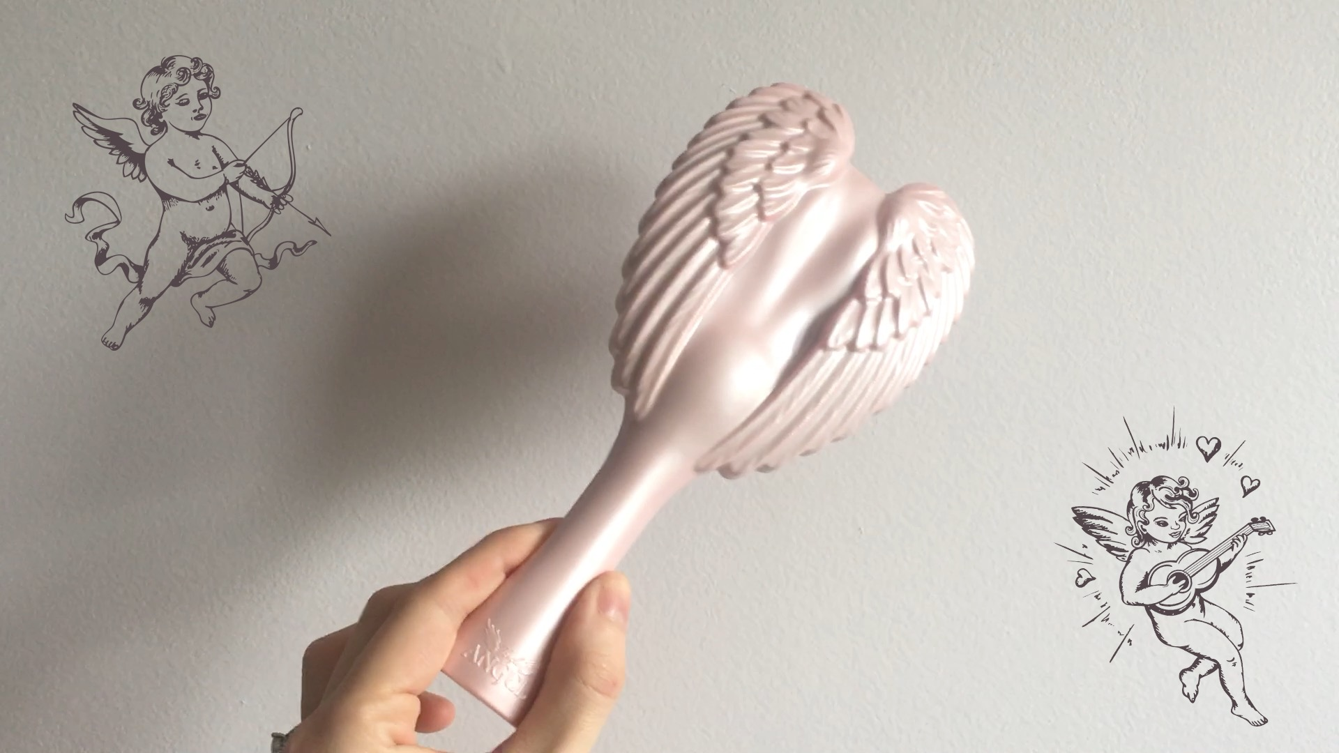 Tangle-Angel-wings-hairbrush-pink-cute-girly