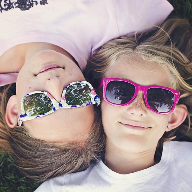 glasses girls.jpg