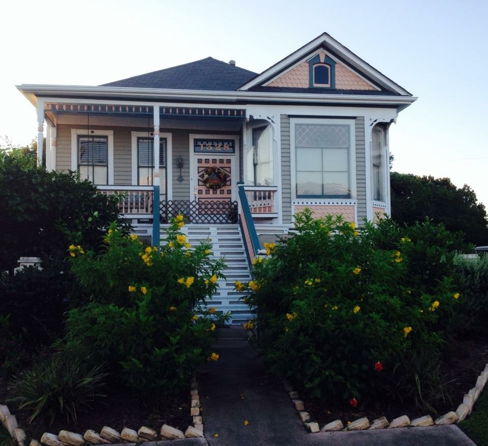 Historic Galveston Home that Survived the 1900 storm. Photo Credit M.J.Terrill
