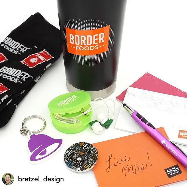 Check out these welcome kits for new employees! A great way to share @borderfoodstb family culture + spread their fun brand vibe.