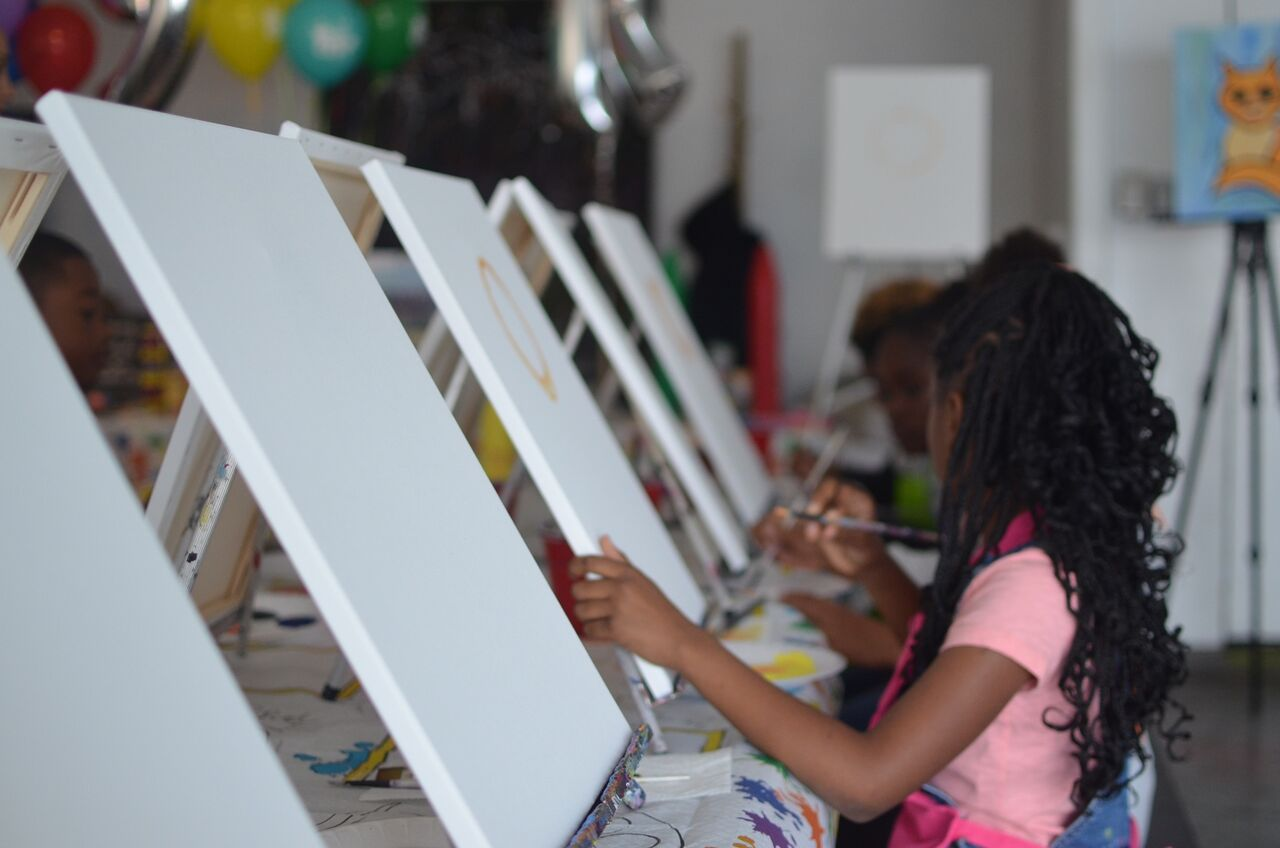 Kids art class - 90016.jpeg