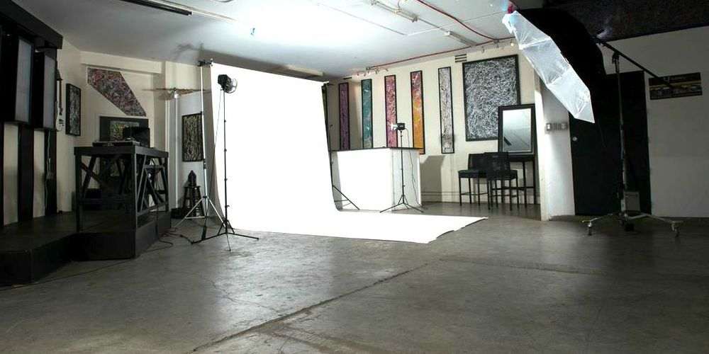 Los Angeles photography studio 90016.jpg