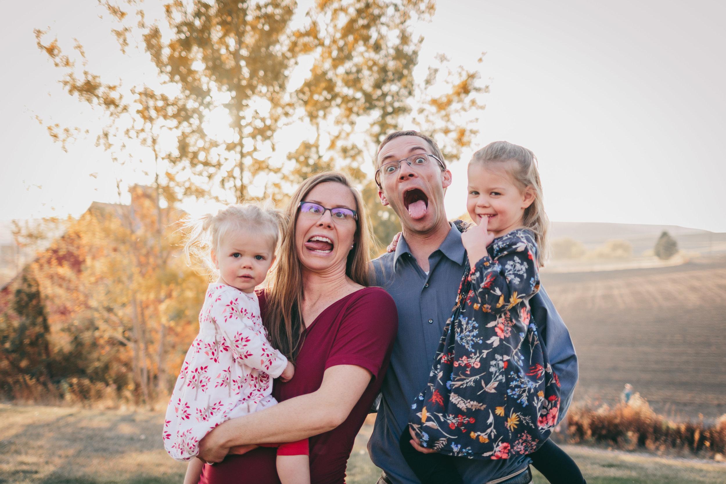 DeChenne Family-1.jpg