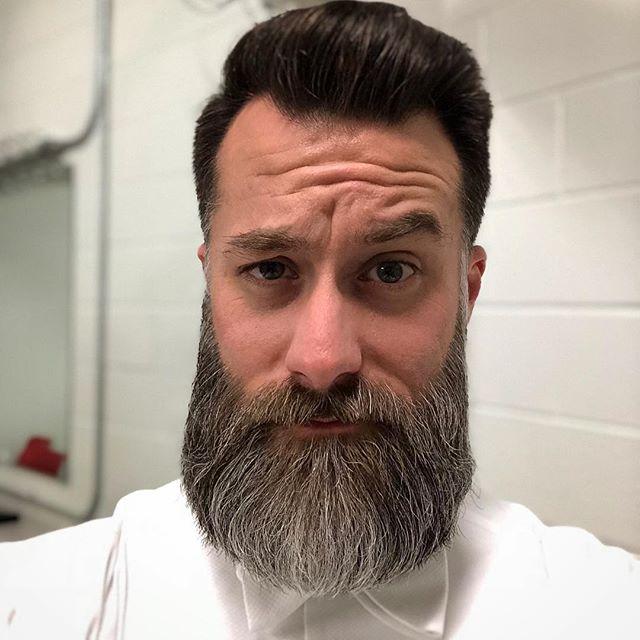Pre-show #beard #selfie
