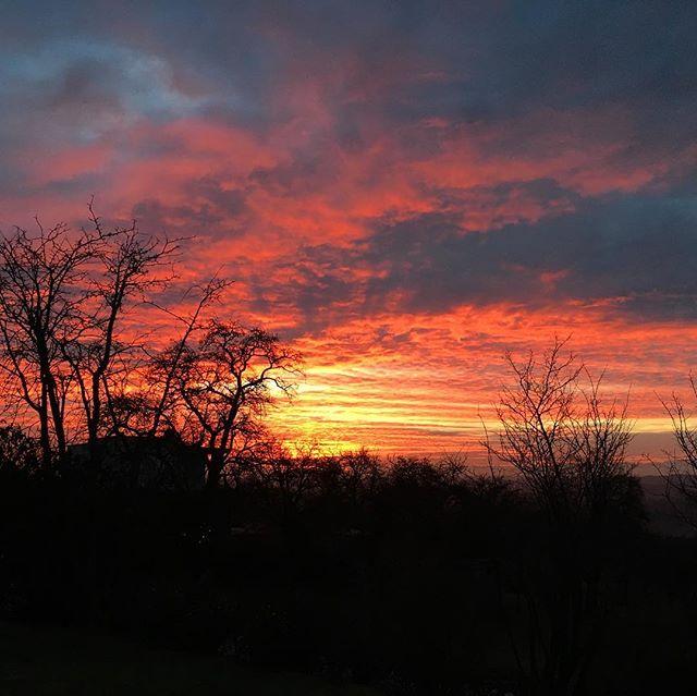 #austrian #sunrise  Photo by @amelie_anna
