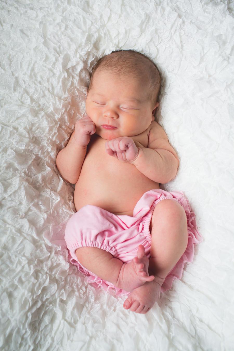 6-NewbornEmily-81.jpg