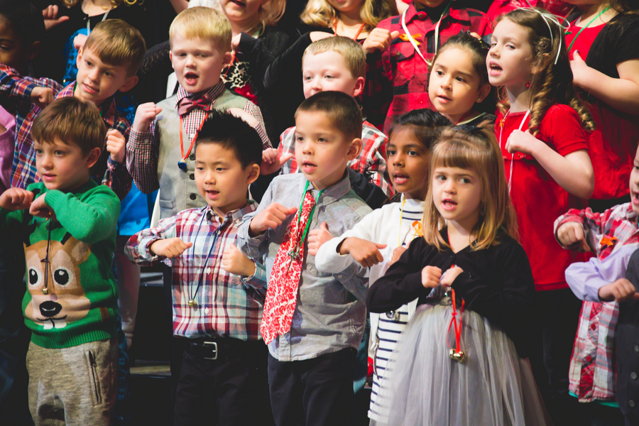 44-Kindergarten Performance-10.jpg