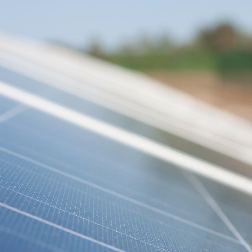 solar-cells-191686_1280.jpg