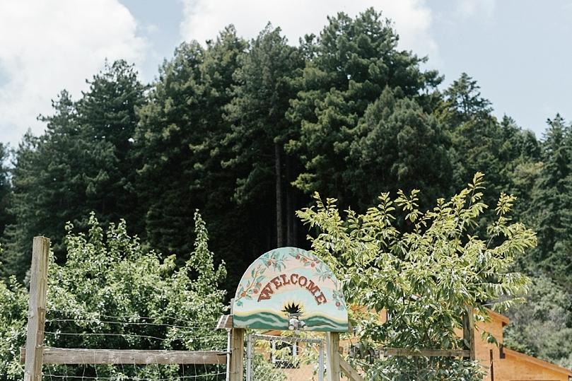 Oz+Farm+Welcome+Sign.jpg