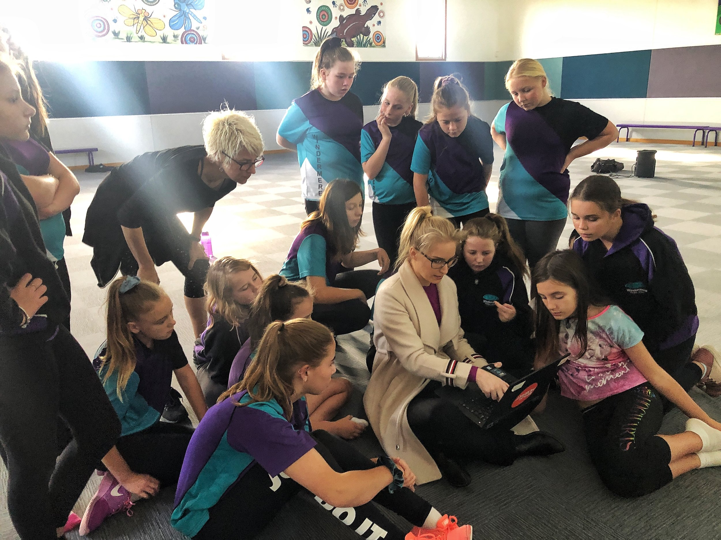 Dance Nexus 7 - Windermere Primary in rehearsals with choreographer Felicity Bott and scientist Lila Landowski (Photo by Joshua Lowe).jpg