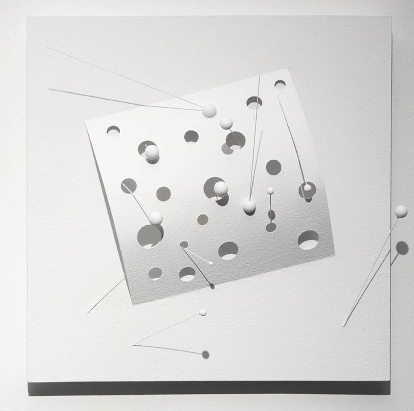 Carlos Medina.  Superficie con Neutrinos II, der . 2014, acrylic and white vinyl acylic paint.
