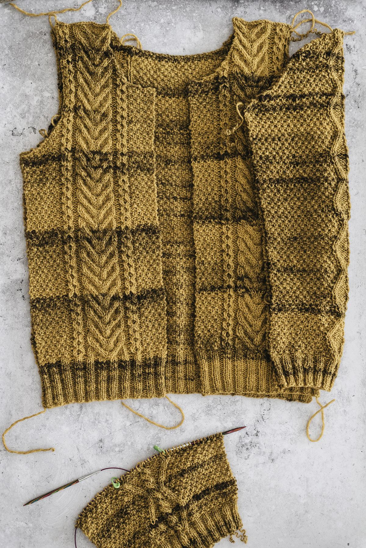 wip-knitting-flat-aran-cardigan-japanese-book-beiroa-rosa-pomar-patricia-martins-yellowish-2019
