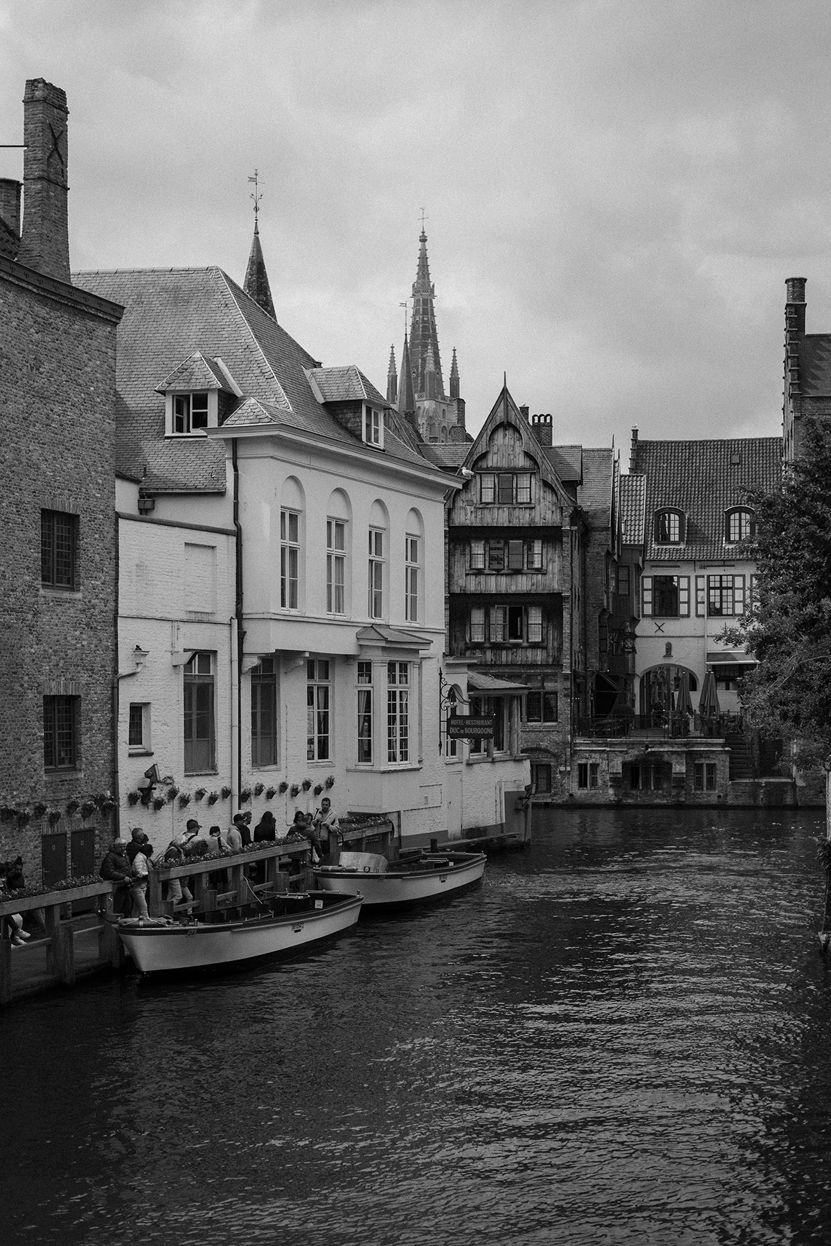 Bruges - black and white photograph - Patricia Martins - Yellowish - blog 2019