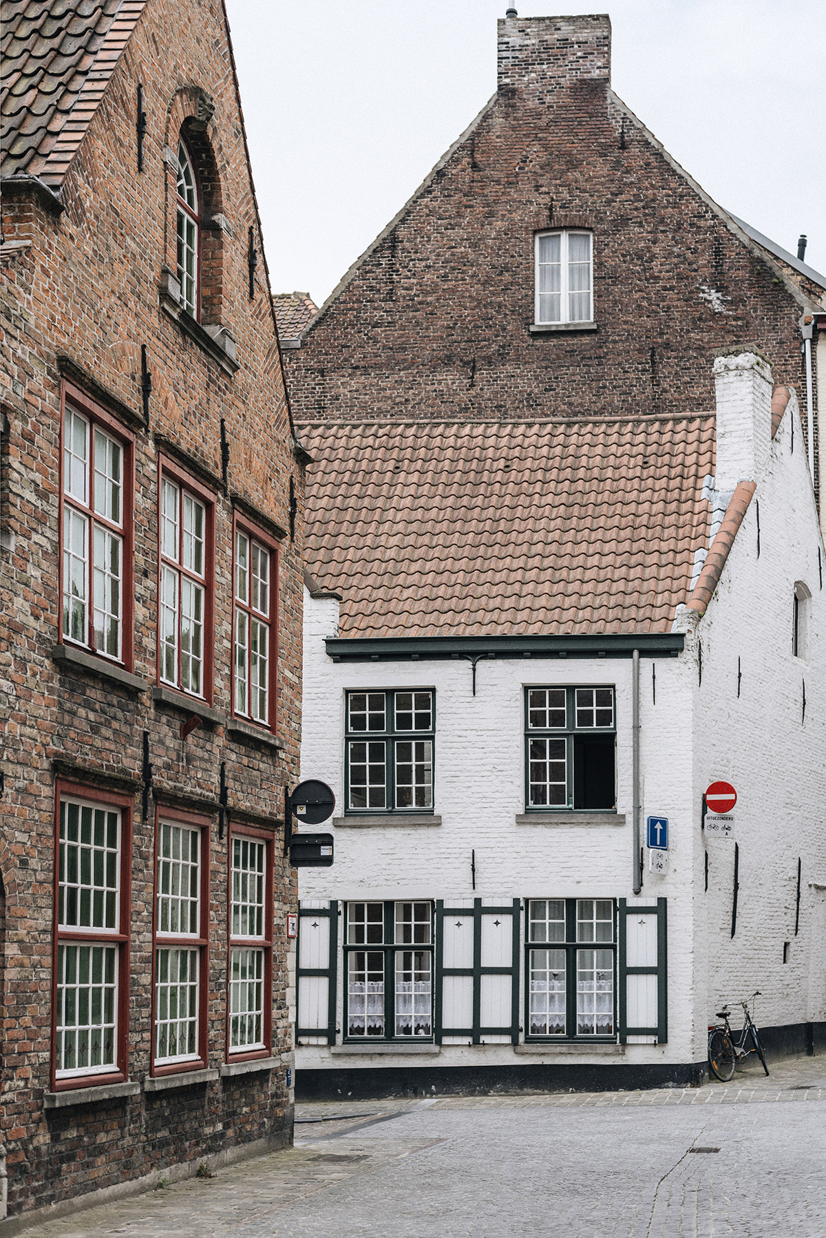 Bruges houses - Patricia Martins Yellowish blog