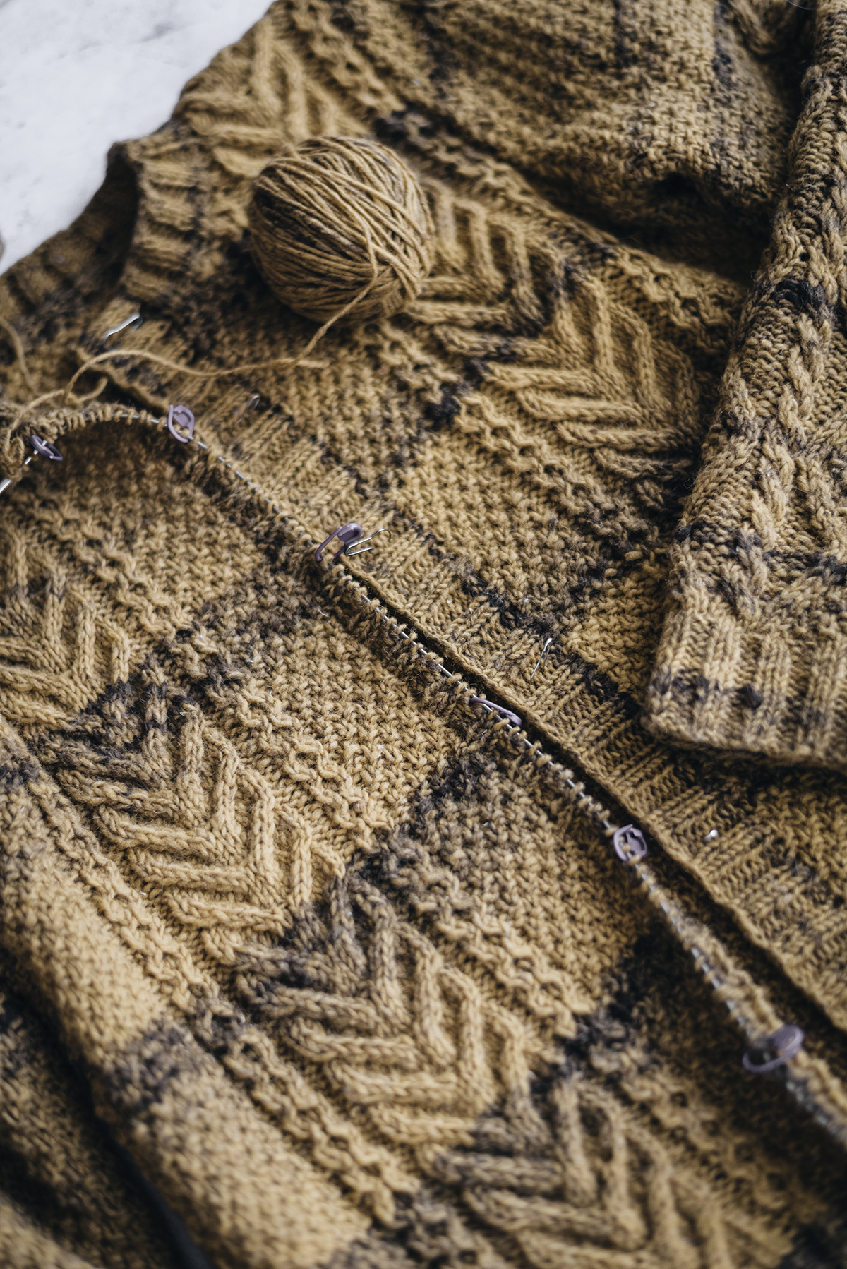 work in progress knitting aran cardigan with beiroa portuguese wool Yellowish blog.jpg