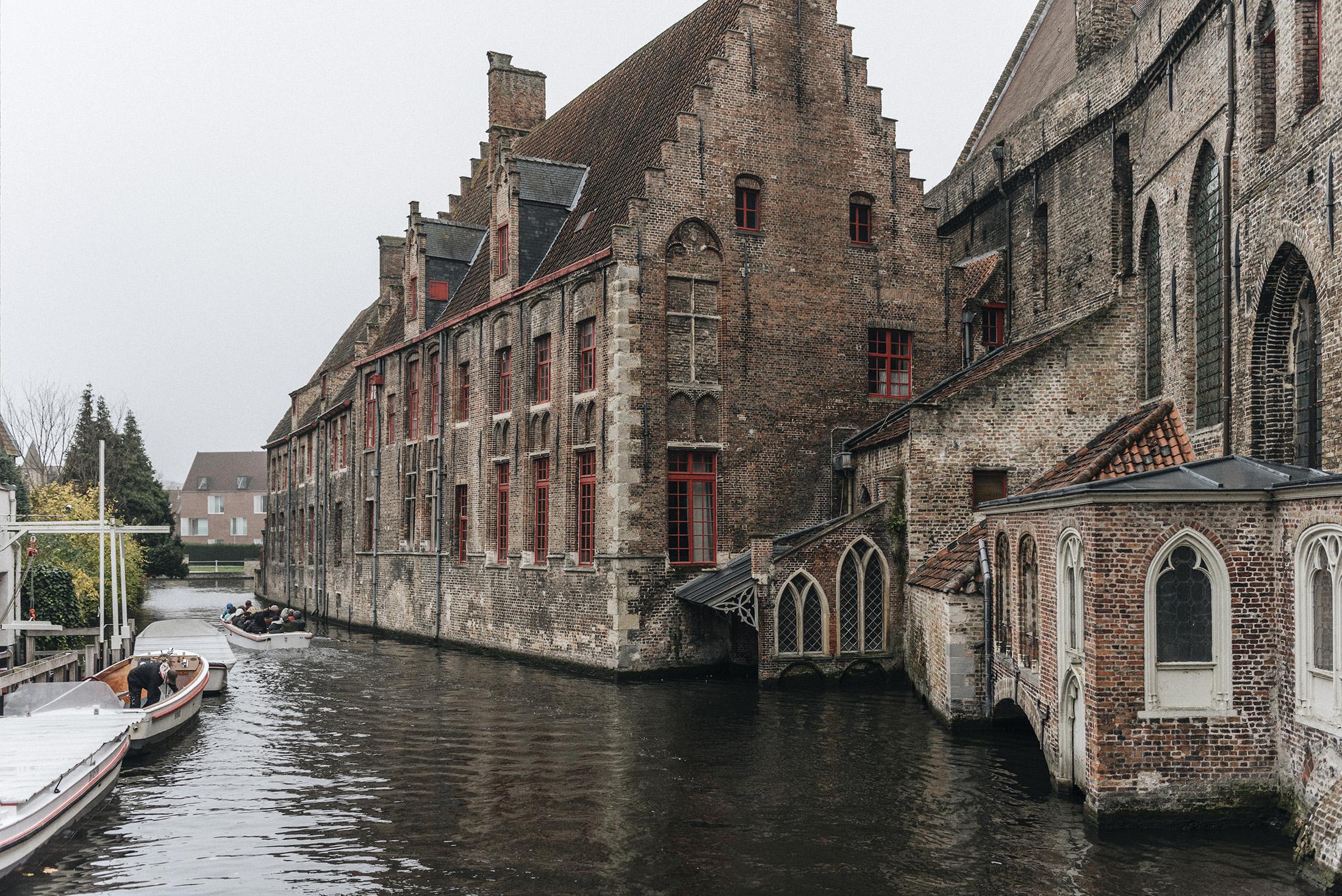 Bruges - Patricia Martins yellowish blog
