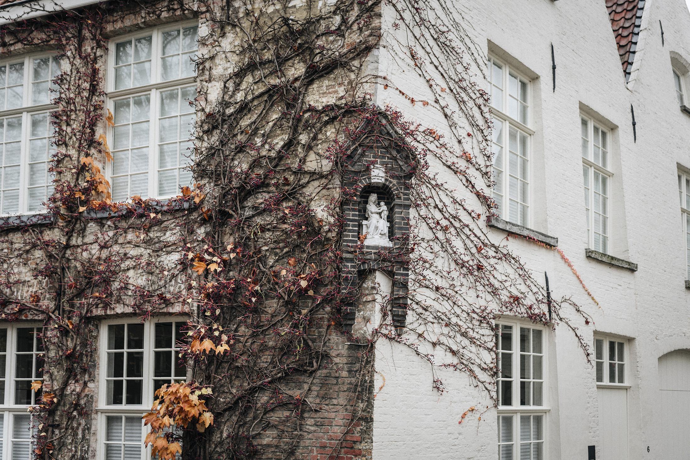 Bruges - autumn - Patricia Martins yellowish blog