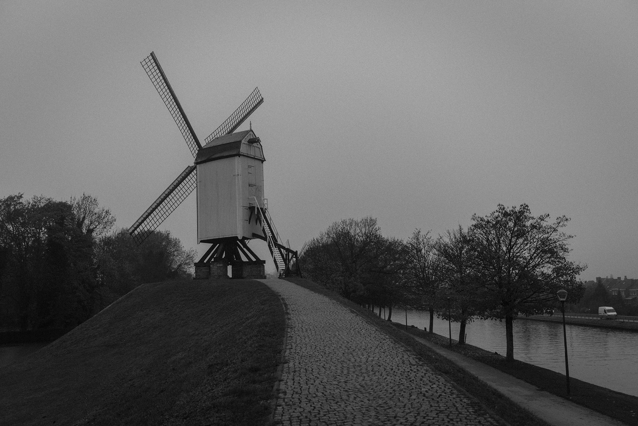 windmill  Bruges Belgium - black and white photograph- Patricia Martins-Yellowish blog 2019