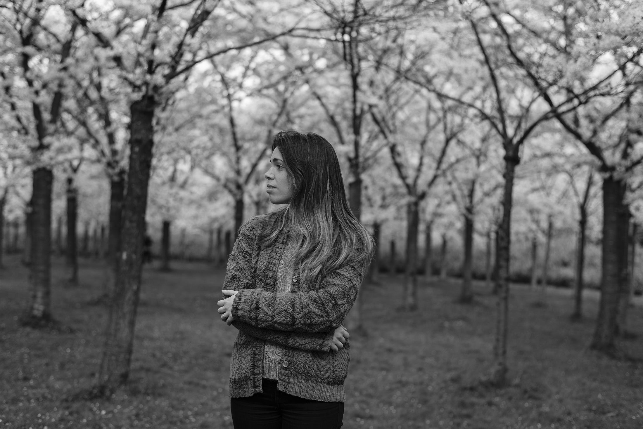 black and white photography portrait spring hanami sakura