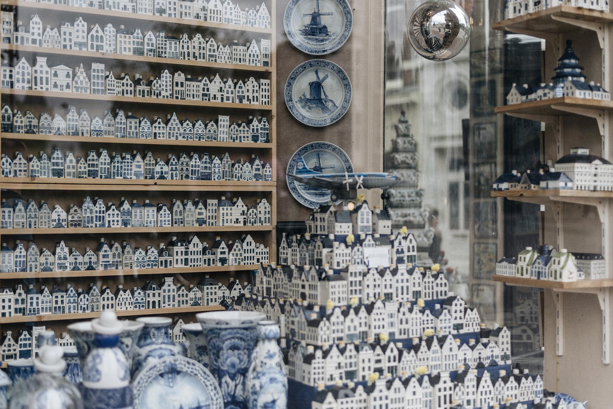 blue delft ceramics Netherlands