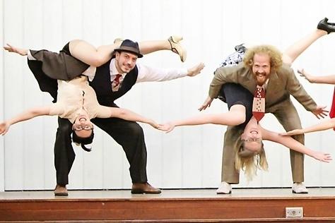 troupe.jpg