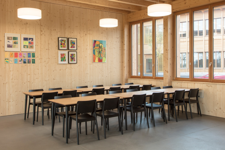 Lebensraum Rhyboot - Stuhl- und Tischprogramm Viena